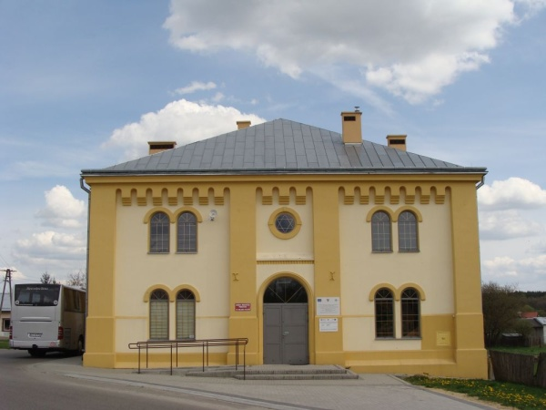 The synagogue in Wielkie Oczy
