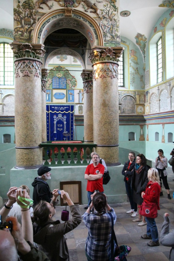 The interior of the synagogue in Łańcut, Shtetl Routes seminar for tour guides