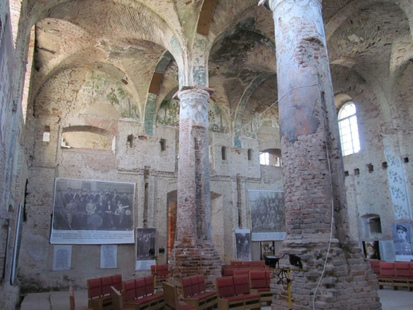 The interior of the synagogue in Orla