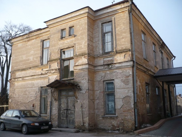 A former hospital support building at 96 Grodzieńska street in Knyszyn (1910-1911)