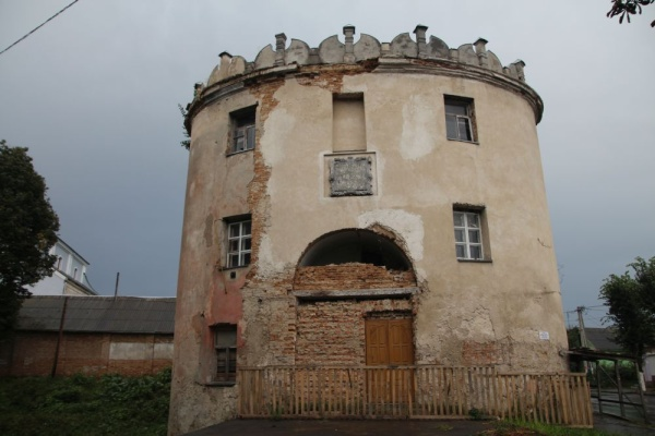 17th century Lutsk Gate in Dubno - important fortification building