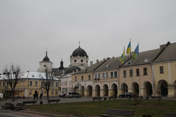 The market square in Zhovkva, the Basilian Monks Orthodox Church in the background