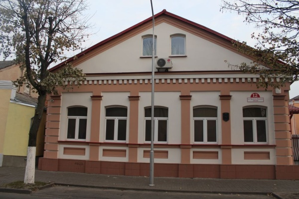 Pinsk. Sinagogue. Community Center, Irkutsko-Pinskaya Diviziya str. 12
